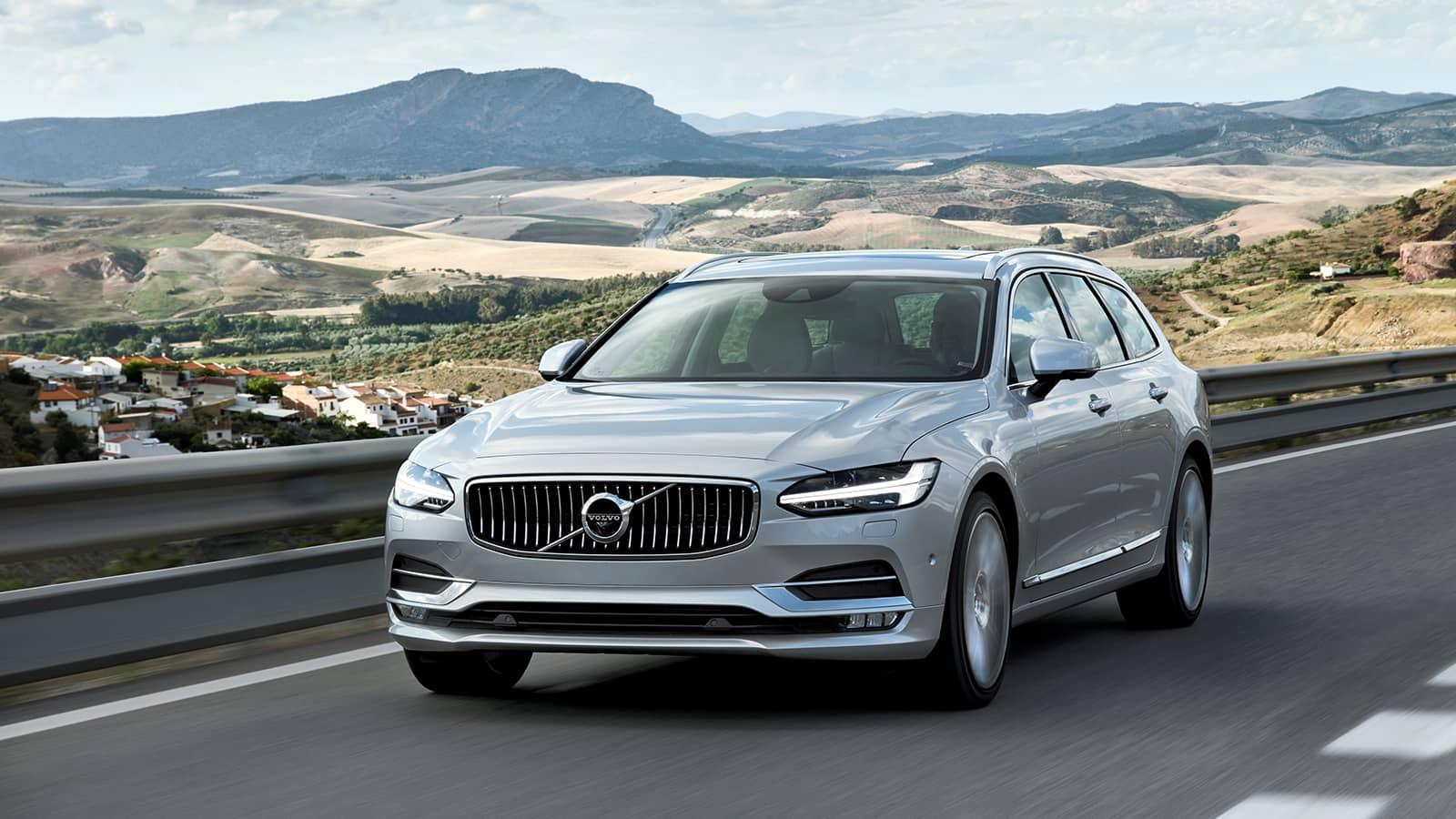 2020 Volvo V90 Images