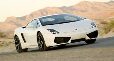 Comparativa Bmw I8 Vs Lamborghini Gallardo Que Coche Me Compro