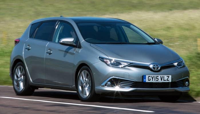 El Toyota Auris es un automóvil de tamaño compacto disponible en carrocería de cinco puertas y carrocería familiar denominada Touring Sports.