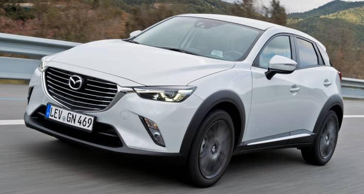 Diseño dinámico y unas posibilidades de equipamiento muy amplias definen al nuevo Mazda CX-3. Puede equipar tracción total, algo que no suelen ofrecer todos los rivales