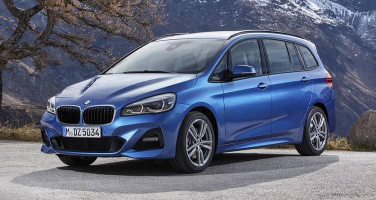 Es el monovolumen más grande de BMW. Ofrece hasta siete plazas en tres filas. Destaca por su calidad de rodadura y comportamiento dinámico, además de por sus enormes posibilidades de equipamiento